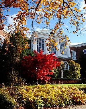 St. Francis Xavier University - Angus L. MacDonald Library