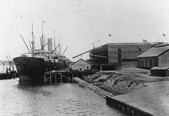 SS Pericles - Image: State Lib Qld 1 83347 Cargo ship Pericles at Dalgety and Co's Wharf, New Farm, Brisbane, 1908