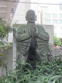 位於雲林縣虎尾鎮雲林布袋戲館內的黃海岱雕像。