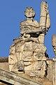 Statues sur le fronton du Capitole de Toulouse 2.jpg