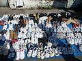 Stoisko z używanym obuwiem sportowym - Poznań - 001000c.jpg