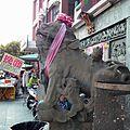 Stone Lioness with Her Kids 石獅帶小獅 - panoramio.jpg