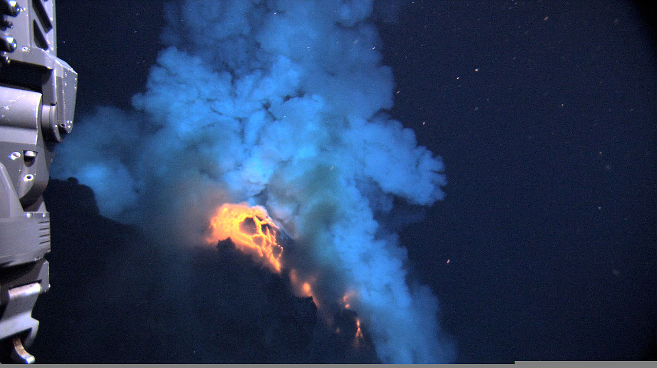 File superheated molten lava from west mata submarine for 10 facts about the ocean floor