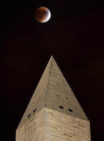 Supermoon Lunar Eclipse.jpg