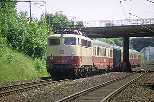 Munich–Rosenheim railway - TEE Rheingold, pulled by a class 112 locomotive on the Munich South Ring in 1986