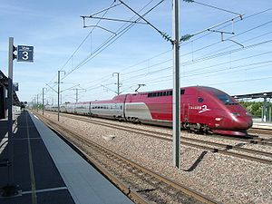 Gare TGV Haute-Picardie - A Thalys train passing through the station