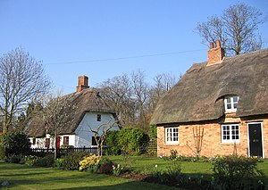 Croxton, Cambridgeshire - Image: Thatched cottages, High Street, Croxton, Cambs geograph.org.uk 386153