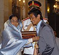 The President, Smt. Pratibha Devisingh Patil presenting the Padma Shri Award to Shri Bhaichung Bhutia at Civil Investiture-II Ceremony, at Rashtrapati Bhavan, in New Delhi on May 10, 2008.jpg