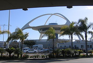 Paul Williams (architect) - The Theme Building at Los Angeles International Airport during daylight.