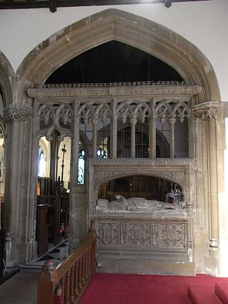 Thomas Grenville (died 1513) - Grenville's monument in St Mary's Church, Bideford, from the Lady Chapel looking northwards