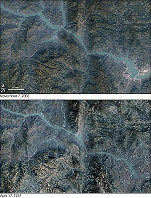 Non-renewable resource - Image: Three Gorges Dam Landsat 7