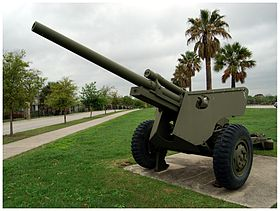 M5 su affusto M6 in mostra a Fort Sam Houston (Texas)