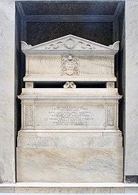 Tomb of Innocentius II in Santa Maria in Trastevere (Rome).jpg