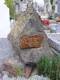 Tomb of Lionel and Marienne Terray.JPG