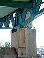Toulouse - Pont Saint-Pierre - Pile et appui de la charpente métallique.JPG