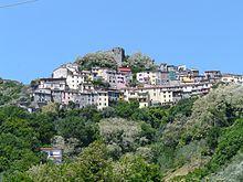 La frazione di Trebiano con l'omonimo castello