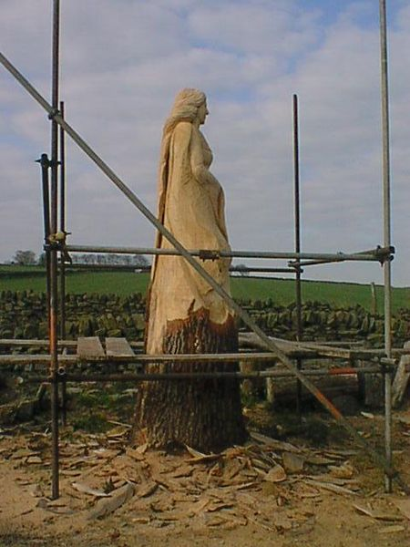 File:Tree Carving in Process - geograph.org.uk - 307299.jpg