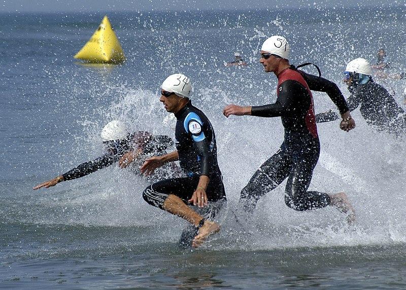 File:Triathlon, swimming.jpeg
