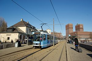 Vika Line - The tram station at Aker brygge with an SL79 tram.