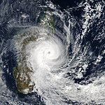 Tropical cyclone manou (2003).jpg