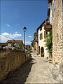Une rue du village de Peyre en Aveyron.JPG