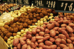 250px-Various_types_of_potatoes_for_sale