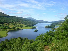 View of Loch Tummel.jpg