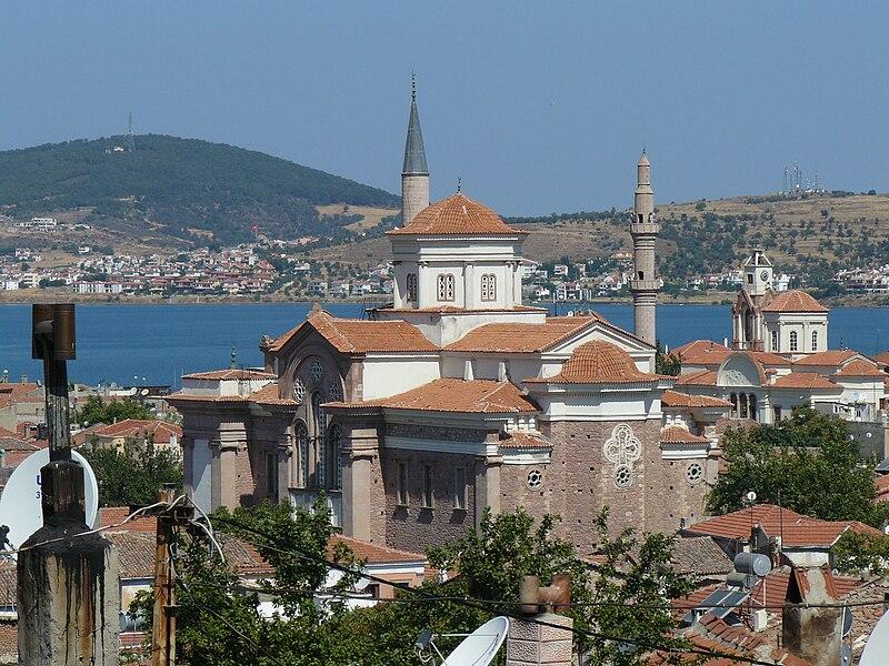 File:View on Ayvalik.JPG