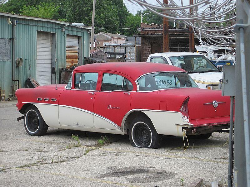 File:Vintage auto Memphis TN 2012-04-21 001.jpg