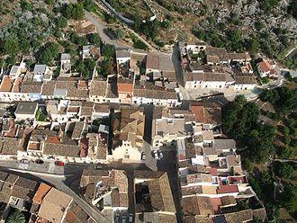 Tormos - Image: Vista área del casco urbano de Tormos