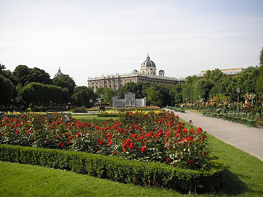 Volksgarten Vienna June 2006 300