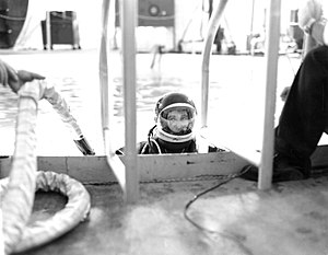 Von Braun gets in the 25 foot diameter Neutral Buoyancy Simulator.jpg