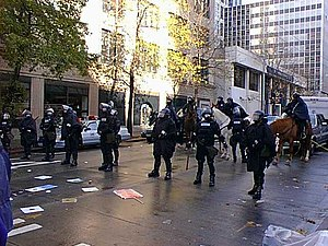 1999 Seattle WTO protests - Seattle police on Union Street, during the protests