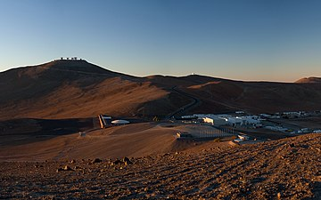 Wallpaper of Paranal and the Basecamp