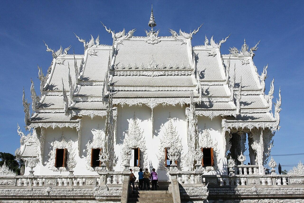 Wat Rong Khun-003.jpg