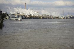 Rhine with chemical industry at Wesseling near Cologne.