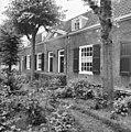 Womingen gezien vanaf het hoofdgebouw - Delft - 20050504 - RCE.jpg