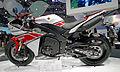 Yamaha YZF-R1 right-side 2011 Tokyo Motor Show.jpg