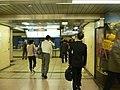 Yurakucho-Station-2006-06-07 1.jpg