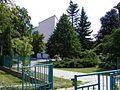Základní škola Mikoláše Alše v Suchdole, Praha 6 - panoramio.jpg