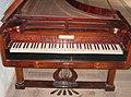Zgornji Tuštanj - grad Tuštanj (klavir s kladivci, 2).jpg