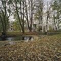 Zicht op huis met duiventoren en ophaalbrug - Ezinge - 20380698 - RCE.jpg