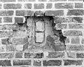 Zuid-gevel ( exterieur ) stenen ter plaatse van voormalige steunbeer - Hoorn (Terschelling) - 20116810 - RCE.jpg