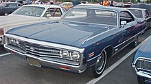 Photo d'une Chrysler Newport bleu de 1971