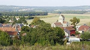 Rosnay, Marne - Image: Église et village 916