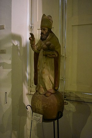 Chapel of St. Nicholas, Żonqor - Wooden statue of St. Nicholas, now in the Żabbar Sanctuary Museum