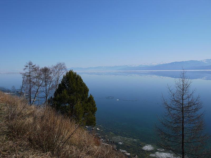 Байкал. Свободное изображение Викимедии, автор - Fanzuga.