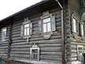 Дом Алешиной. Фрагмент. Наличники. Петрозаводск, Шуйская, 14..JPG
