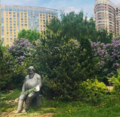 Интеллектуал. Памятник Е.В.Маркелову.png