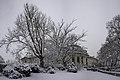 Най-накрая заваля и сняг (Университетът) - panoramio.jpg